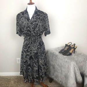 Dana Buchanan 100% silk fit and flare dress sz 10
